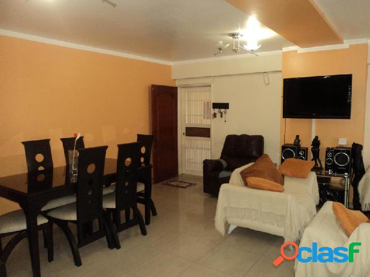 Se vende Apartamento Las Trinitarias RAH: 20-2047