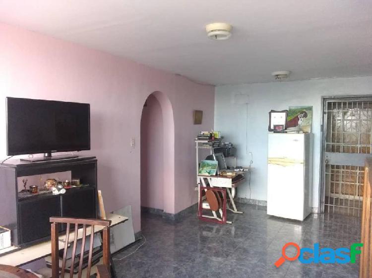 Se vende Apartamento Las Trinitarias RAH: 20-5284