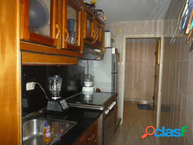 Se vende Apartamento Las Trinitarias RAH: 20-6029