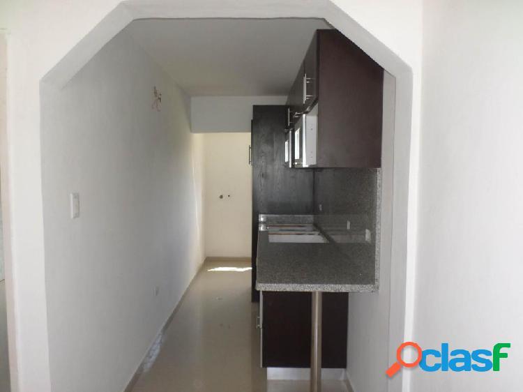 Se vende Apartamento Los Rastrojos RAH: 20-2962