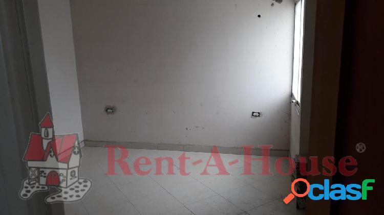 Se vende Apartamento Los Rastrojos RAH: 20-6352