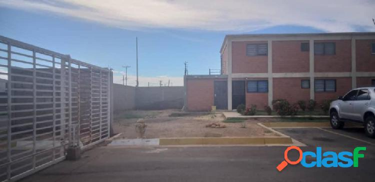 Se vende Apartamento Puerta Maraven RAH: 20-3095