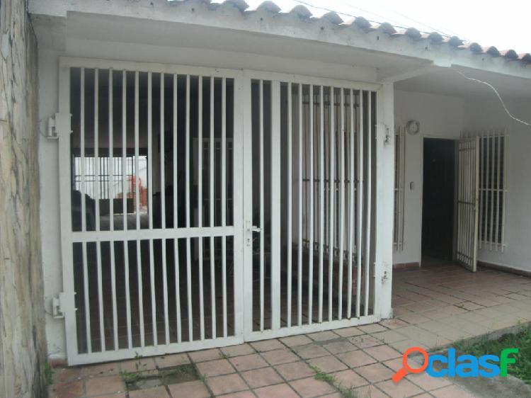 Se vende Casa El Recreo RAH: 19-9947
