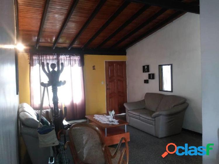 Se vende Casa El Trigal RAH: 20-7505