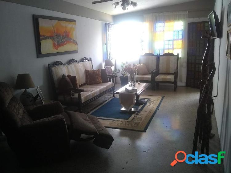Se vende Casa Fundalara RAH: 20-2109