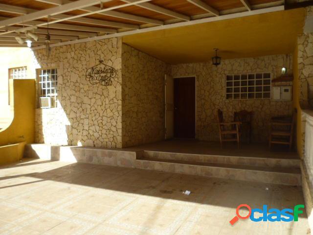 Se vende Casa La Mora RAH: 20-3528