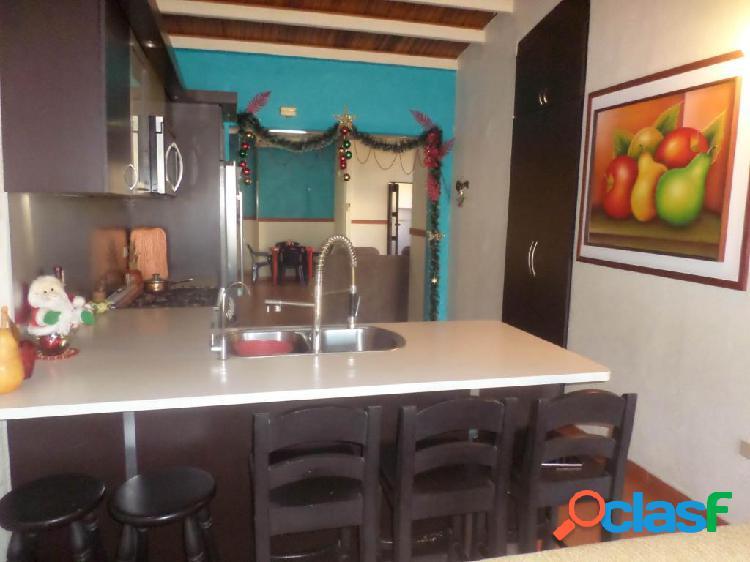 Se vende Casa La Piedad RAH: 20-1092