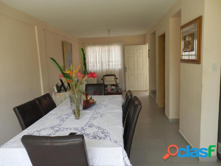 Se vende Casa La Piedad RAH: 20-1466