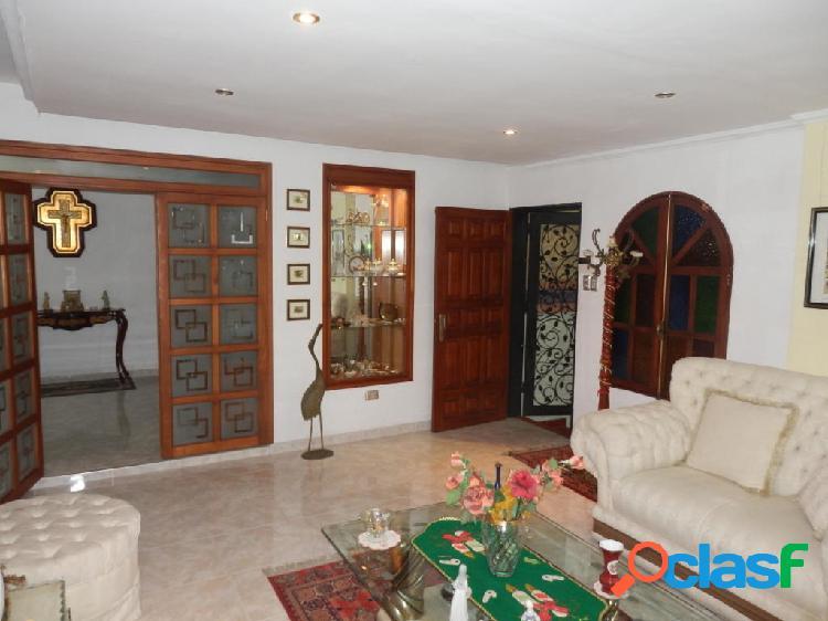 Se vende Casa Los Cardones RAH: 20-5653
