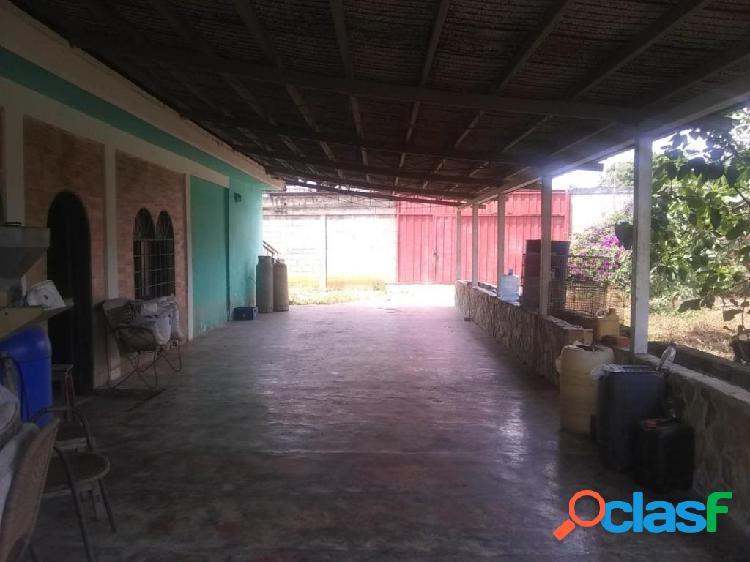 Se vende Casa Municipio Crespo RAH: 20-3362