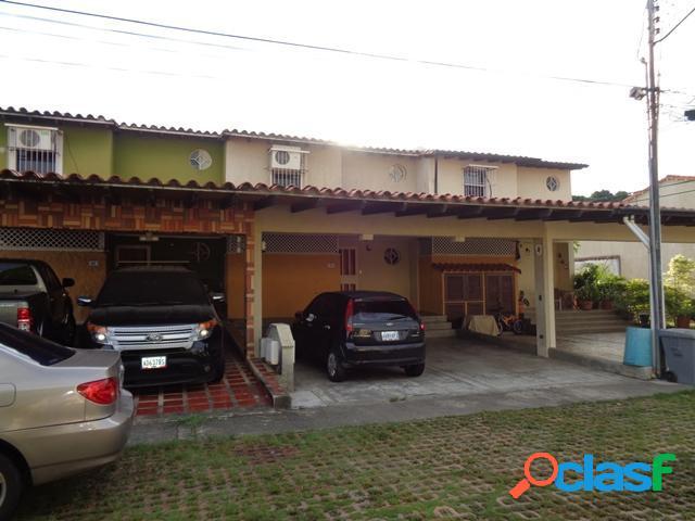 Se vende Casa Plaza Antigua RAH: 20-2867