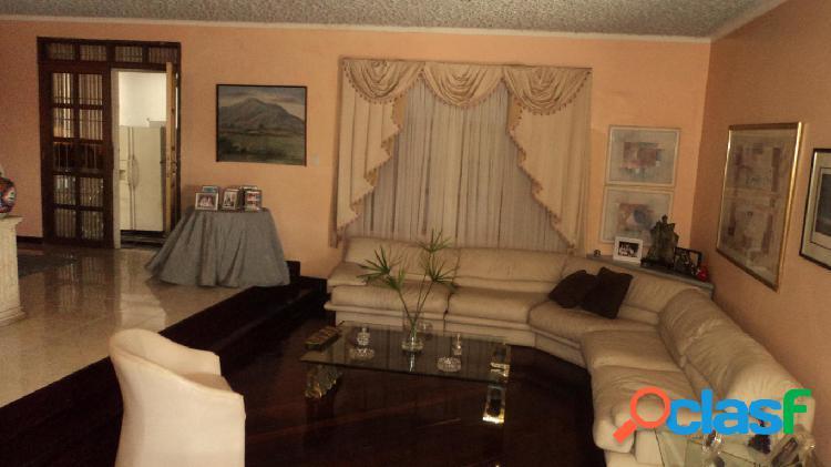 Se vende Casa Santa Rosa RAH: 20-2490
