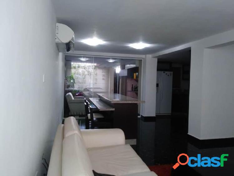 Se vende Casa Villas Del Golf Plaza RAH: 20-6545
