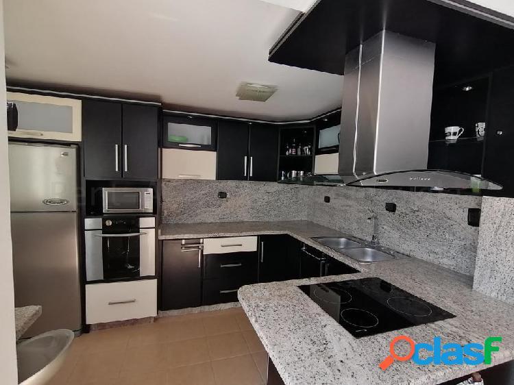 Se vende Casa Villas Del Golf Plaza RAH: 20-6992