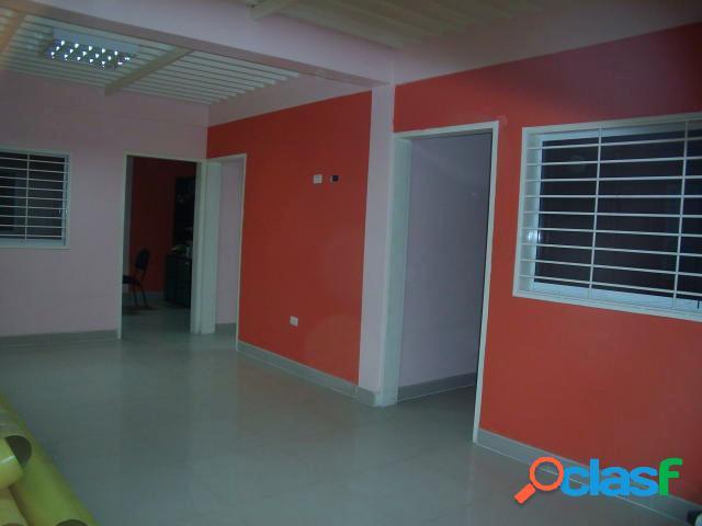 Se vende Galpon Industrial Centro RAH: 20-5844