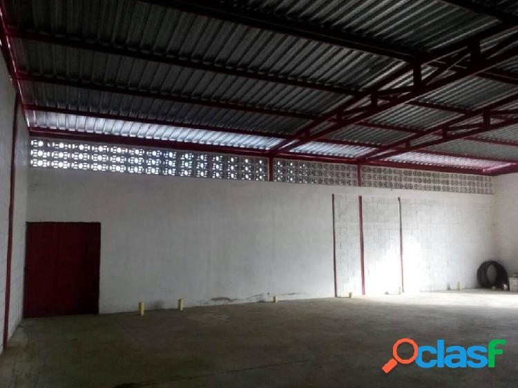 Se vende Galpon Municipio Torres RAH: 20-2510