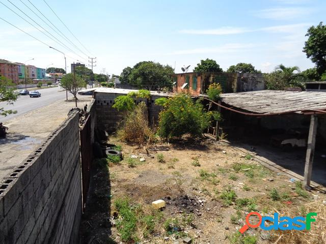 Se vende Terreno Barrio Bolivar RAH: 20-2892