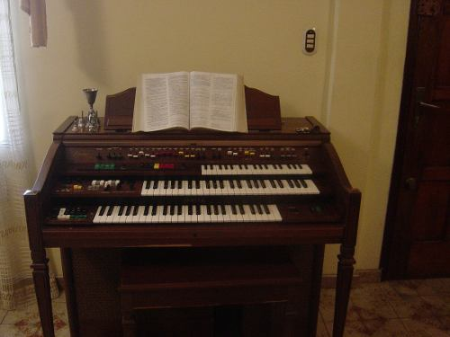 Vendo Excelente Organo Yamaha Electone Dk-4