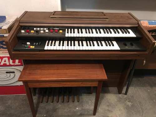 Órgano Yamaha Electone Bk-4c