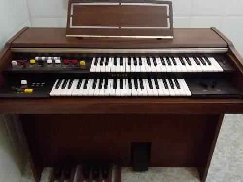 Órgano Yamaha Modelo Bk-4c