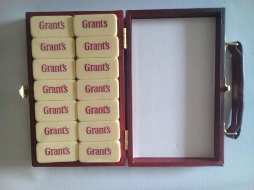 Juego De Domino Edicion Especial Grant's Nuevo