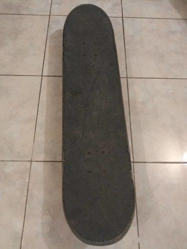 Patineta Skateboard Marca Think Color Negra