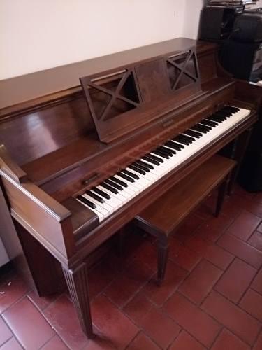 Piano Vertical Baldwin Edición Especial 1977