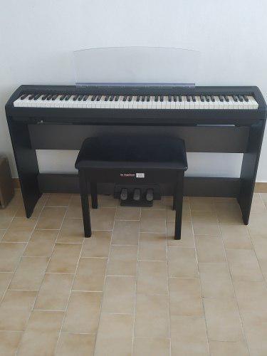 Piano Yamaha P-95-b. Casi Nuevo.