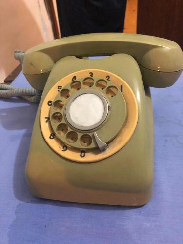 Teléfono Antiguo De Colección Años 70