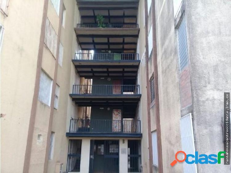 Apartamento en Venta La Mora Cabudare Lara SP