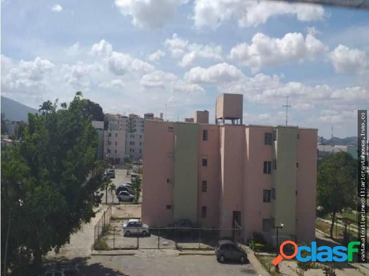 Apartamento en Venta Obelisco Lara 20-651 J&M1;