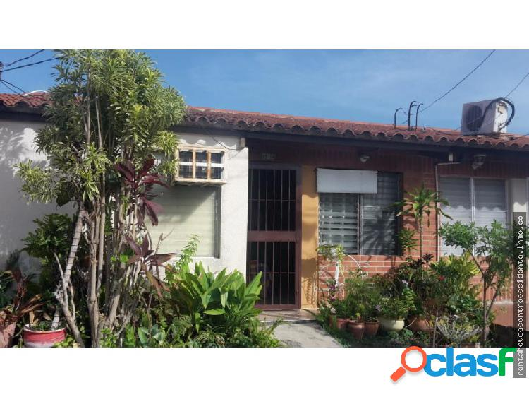 Casa en Venta Barquisimeto Este, AL 20-2718