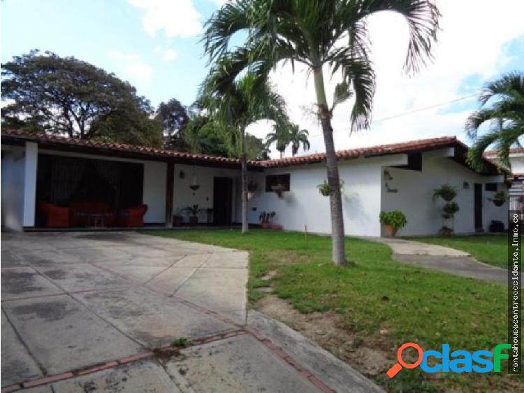 Casa en Venta Barquisimeto Este, AL 20-2871