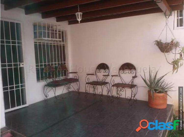 Casa en Venta La Mora Cabudare JRH 20-7458
