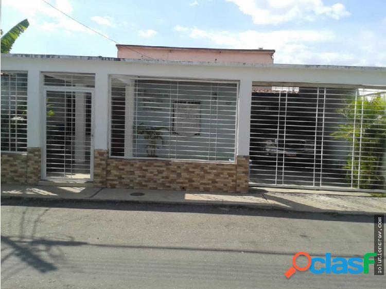 Casa en Villas del Centro, La Morita Edo Aragua