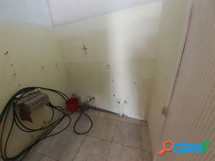 En Alquiler Local Barquisimeto RAH: 19-20529