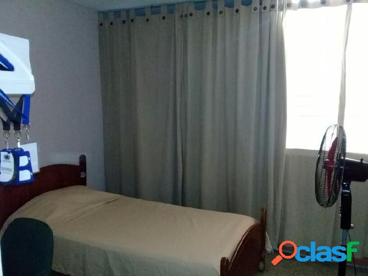 En venta Apartamento La Mora RAH: 19-9257