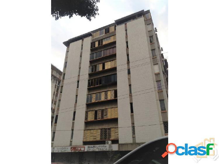 Funcional Apartamento 45 M2 Los Palos Grandes