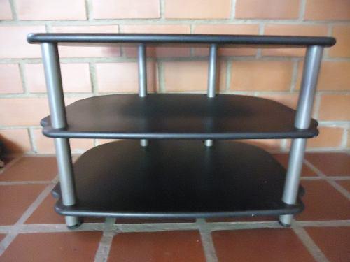 Mesa Para Equipo De Sonido O Televisor. Madera Y Hierro