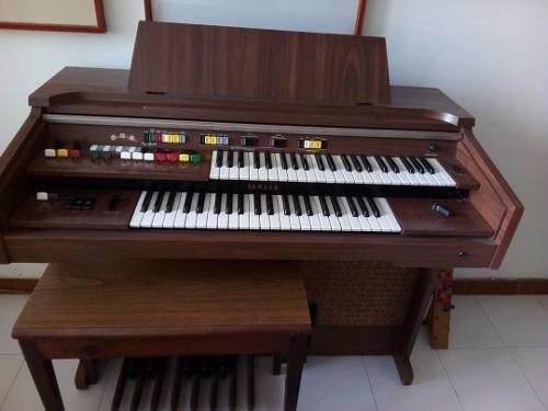Organo Yamaha Usado Como Nuevo