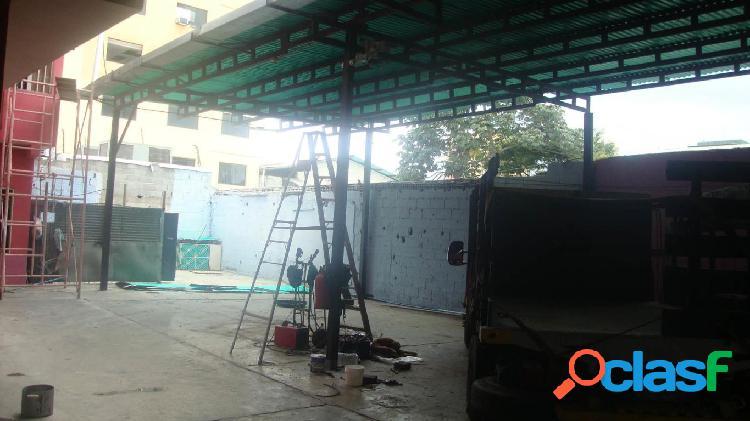 Se vende Galpon Industrial Centro RAH: 19-109