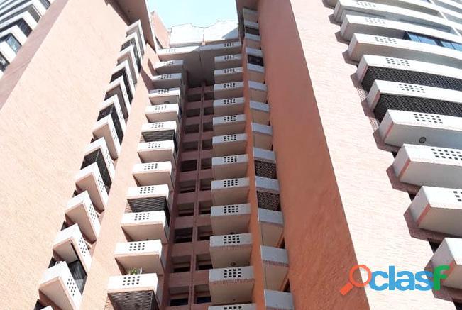 Venta Apartamento a Estrenar Urb. Valle Blanco RAP78