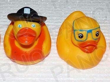 Muñeco Chillon Hule Goma Baño Juguete Patos