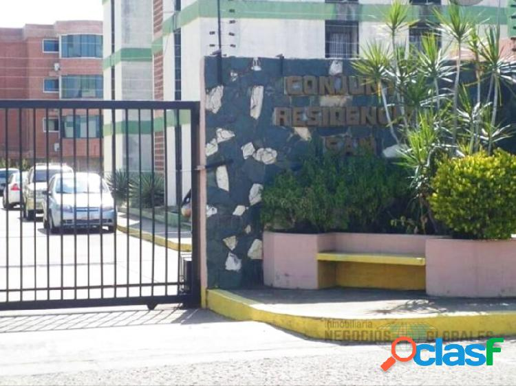 APARTAMENTO EN RESD. SAN VENACIO, PISO 1.