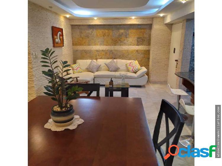 Apartamento en Alquiler Remodelado En El Rosal