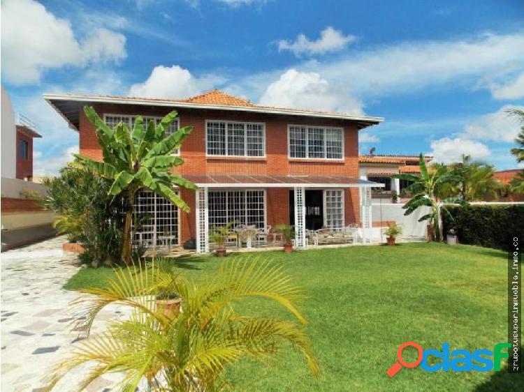 Casa En Venta La Tahona Cod #10060