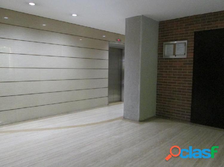 Apartamento en venta Campo Alegre RAH: 17-10174