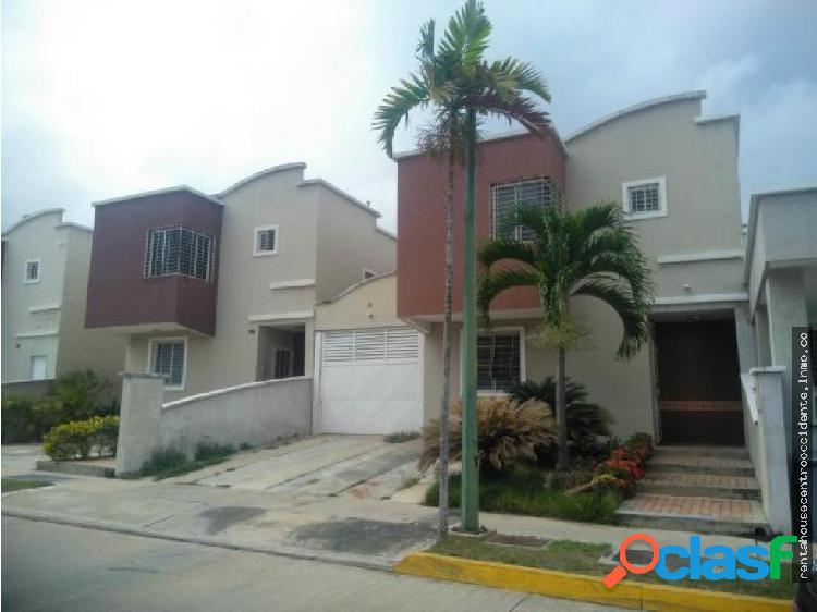 Casa en Venta Ciudad Roca Barquisimeto RAHCO
