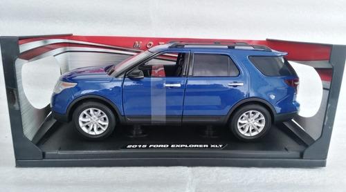 Ford Explorer Xlt , Escala cms Largo. Metalica