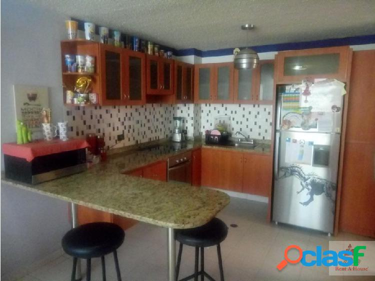 Gehika Ofrece Bello apartamento en venta